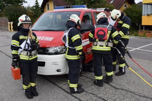 Nr.06 Simulierung Einsatz mit hydraulischem Rettungsgerät